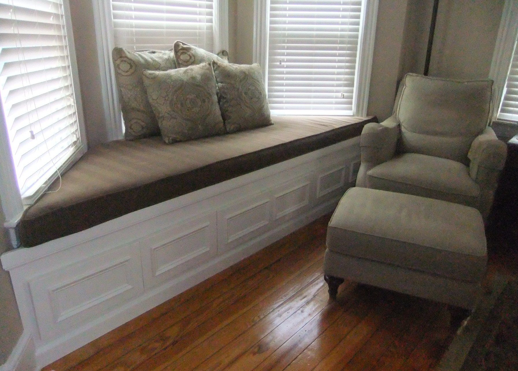 amazing bay window sofa ideas-Contemporary Bay Window sofa Decoration