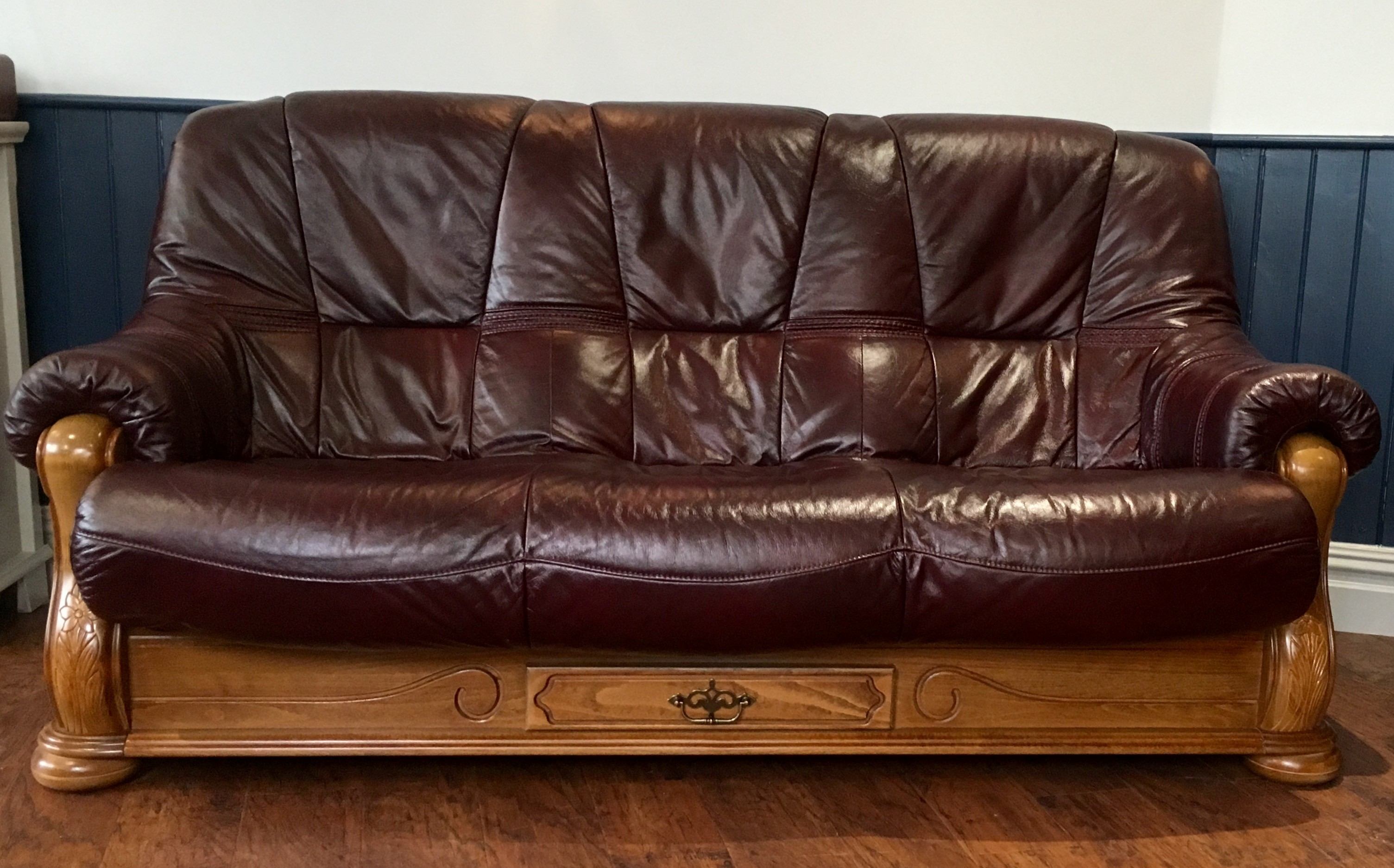 Burgundy Leather sofa Fantastic Burgundy Leather 3 Seat sofa and Reclining Chair Collection