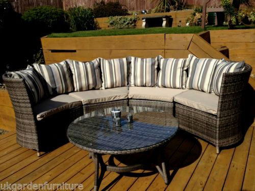 superb curved outdoor sofa portrait-Modern Curved Outdoor sofa Photograph