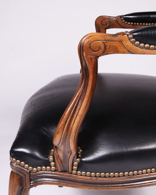 excellent chateau d ax leather sofa image-Superb Chateau D Ax Leather sofa Decoration